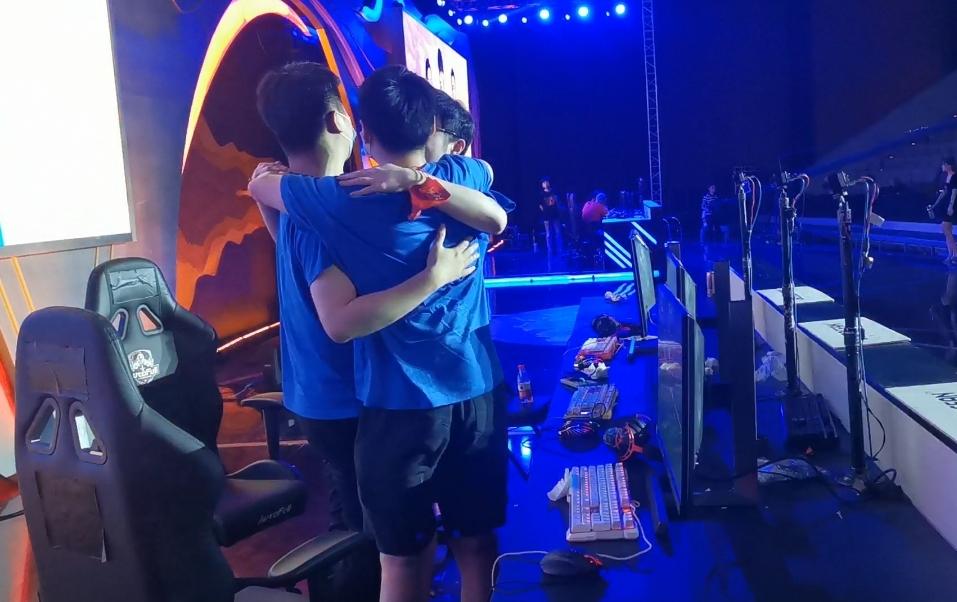 大魔王强势卫冕 《街头篮球》武汉冠军勇夺SFSA总冠军